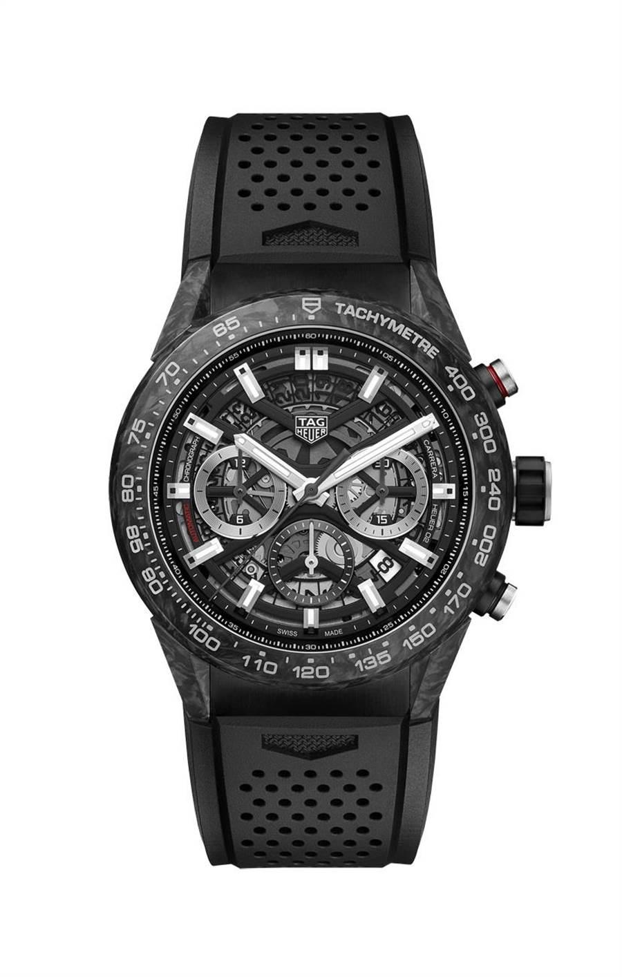 泰格豪雅Carrera Heuer 02精鋼碳纖維計時腕表,碳纖維表耳表圈,23萬8900元。(TAG Heuer提供)