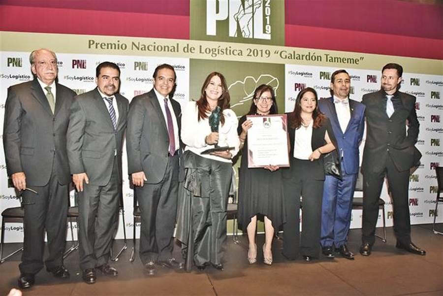 中菲行與其墨西哥策略夥伴合作,專業表現卓著獲頒全國物流獎。(中菲行提供)