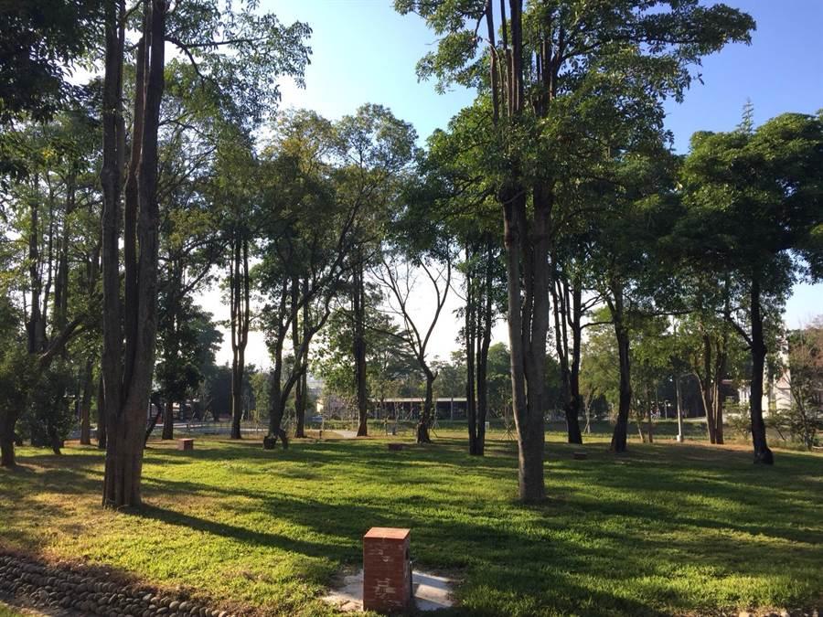 占地近十公頃的清水岩營地,有溫泉區、露營區和大片森林綠地,由彰化縣政府出資打造,若委外營運順利,可望成為中部新興休閒露營熱點。(城觀處提供/謝瓊雲彰化傳真)