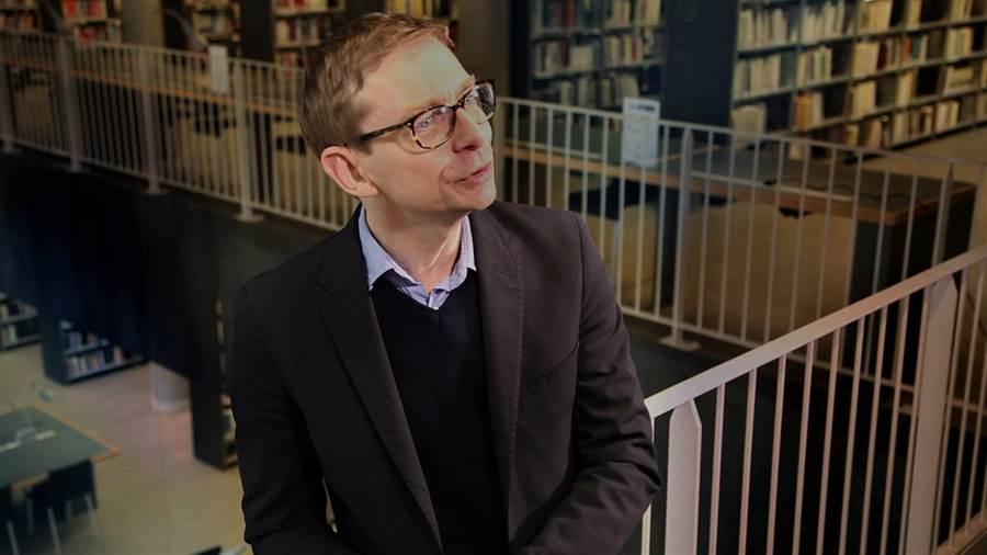 法國社會學者蓋拉德‧布朗納的暢銷書,成了導演基恩‧貝格隆拍攝紀錄片的靈感,在紀錄片中他也親自訪問了蓋拉德對網路現象的看法。(新北市政府文化局提供/王寶兒台北傳真)