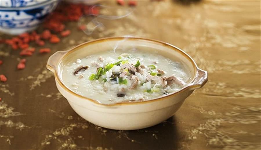 古代養生學家推薦,早起一碗粥就能健脾胃、養氣血,好處多多!(圖/馬景平)