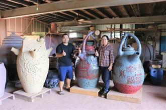 提升傳統工藝價值 母子聯手製超大型手擠坯燈罩
