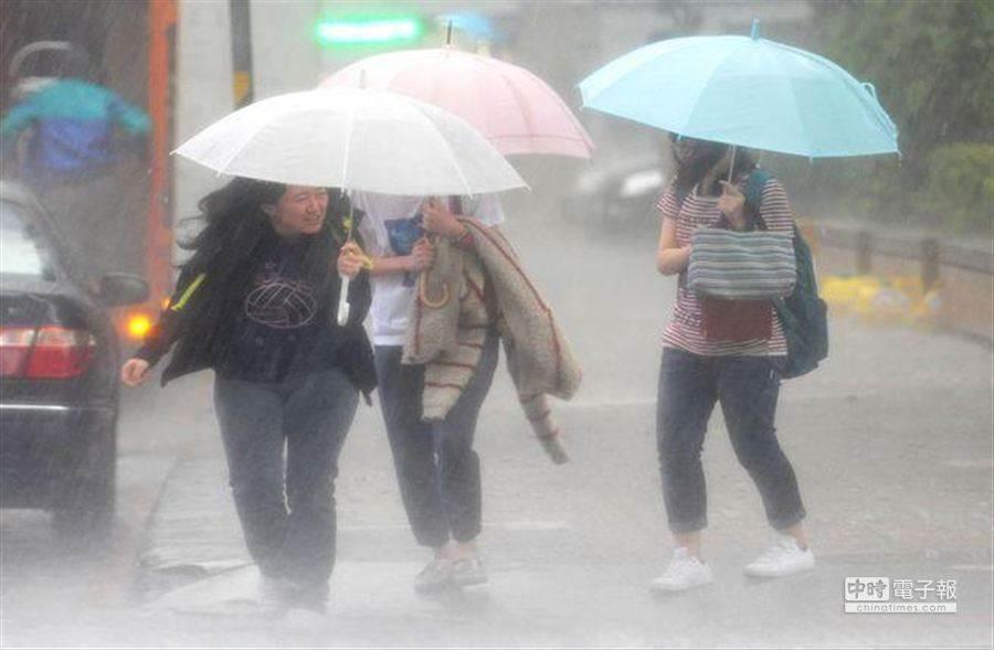 天氣風險公司提醒:周四北部、宜蘭會出現致災性大雨,要小心。(資料照)