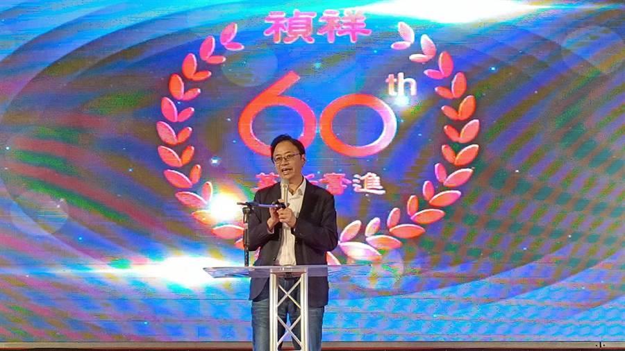 國民黨副總統參選人張善政表示,若台灣每一個食品工廠或中小企業都能跟禎祥一樣,那台灣產業發展簡直會不得了。(張毓翎攝)