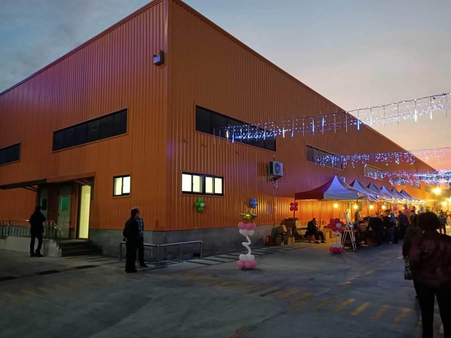 禎祥食品工業公司全自動化的新廠房。(張毓翎攝)