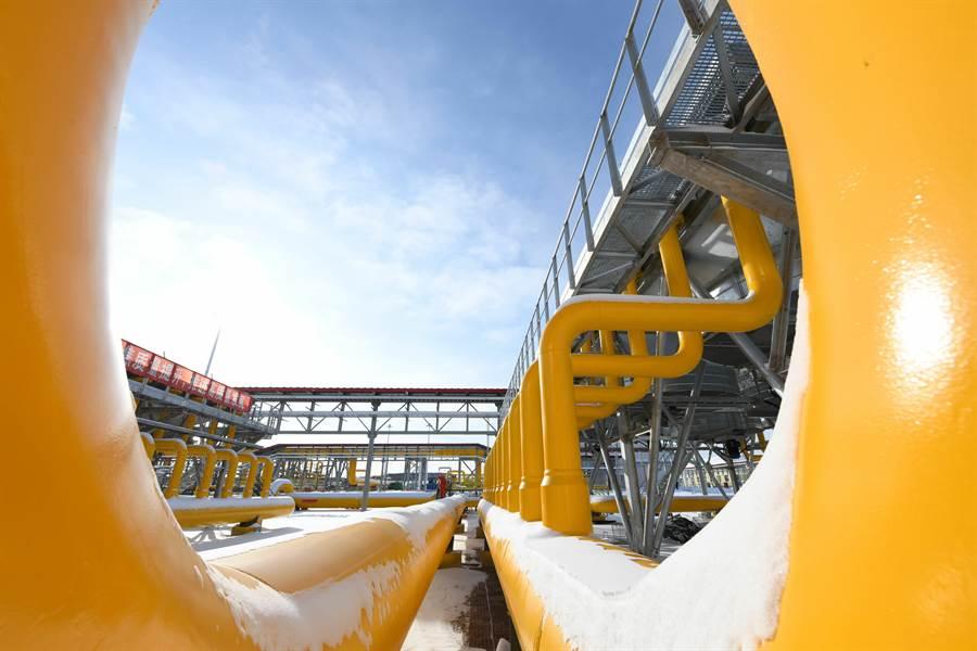 中俄東線天然氣管道北段黑河首站場區局部。(新華社資料照片)