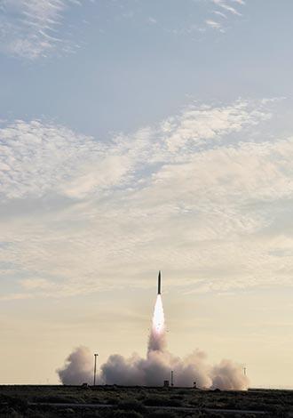 陸星空-2絕技 彈道大機動轉彎