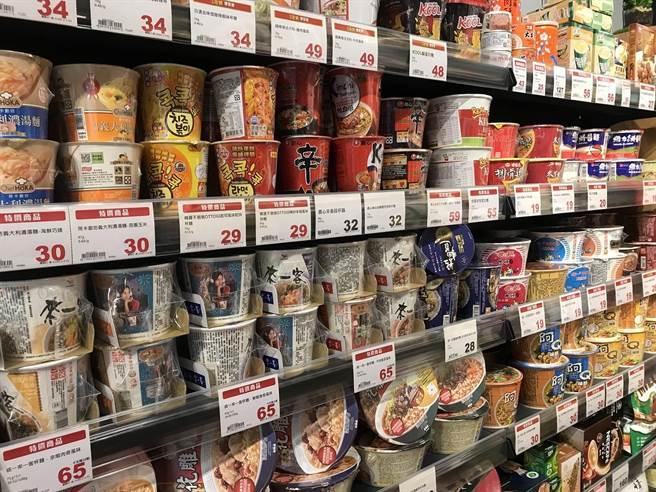 全聯宣布將於12月6日起推出「亞洲泡麵博覽會」主題活動,並公布泡麵界熱銷「五大天王」。(圖/業者提供)