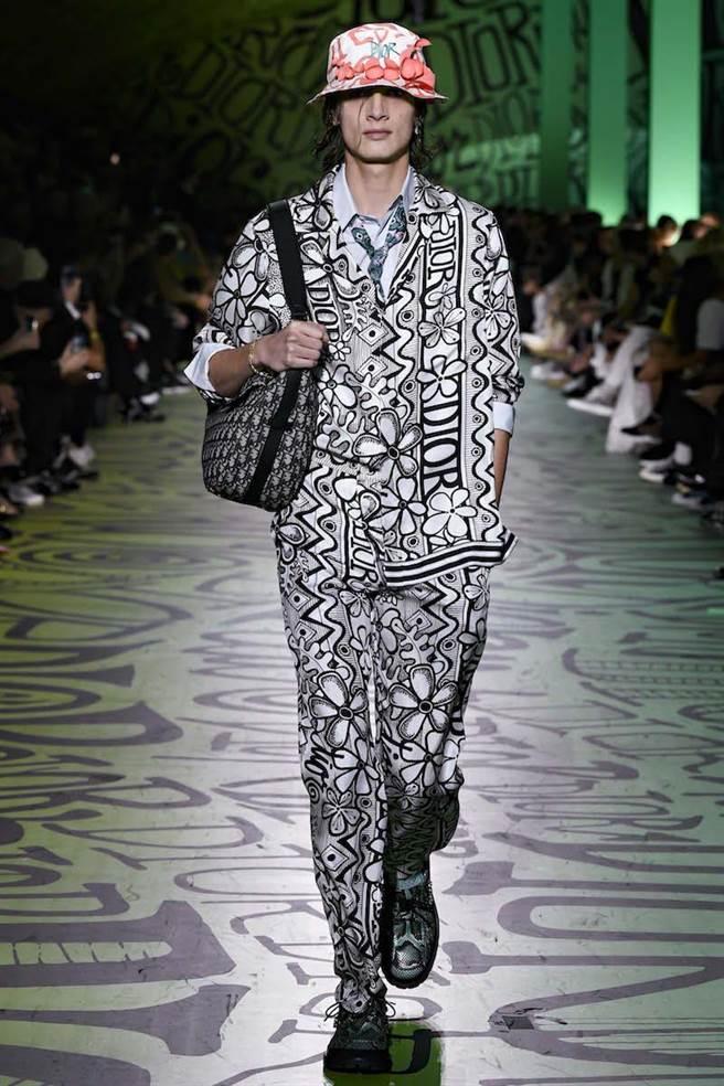 Kim Jones邀請美國藝術家Shawn Stussy共同打造本系列。(Dior提供)