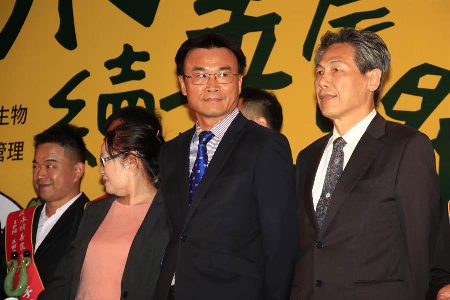 農委會主委陳吉仲今出席「永續善農獎頒獎典禮」。(陳人齊攝)