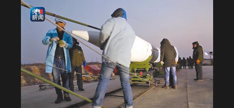 大陸「星空-2」2018年完成主動段程式轉彎、彈道大機動轉彎等動作。(截圖自央視網)