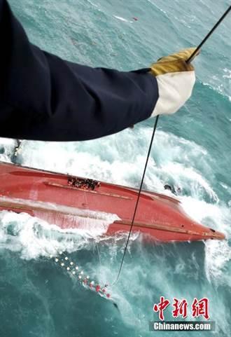 廈門東南海域一漁船遇險翻沉 4人失蹤