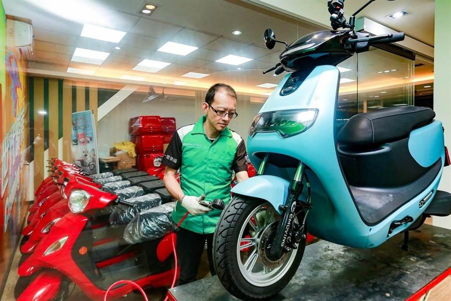 iE125為車主省下燃料稅、機油、空濾等油車引擎必要保養費用。(中華汽車提供)