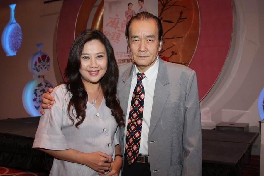 侯傑2012年與楊凱琪合影。(本報系資料照)