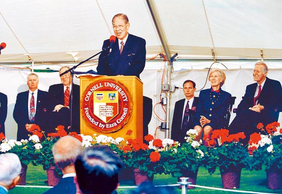 1995年6月8日,當時的李登輝總統訪美,並回母校綺色佳康乃爾大學,引爆台海危機。(本報系資料照片)