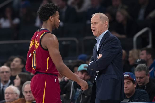 騎士總教練貝萊因可能成為下一個宣告下台的NBA總教練嗎?(美聯社)