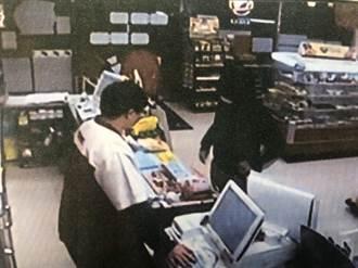最廢盜匪 連搶3家超商僅得600元 還被店員拿球棒嚇跑
