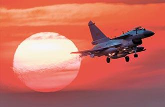 陸出口殲-10CE 每架約4000萬美元