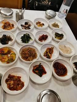 江原道人蔘雞、明太魚湯、牛肉清湯、銅盤烤肉 超合台灣人口味