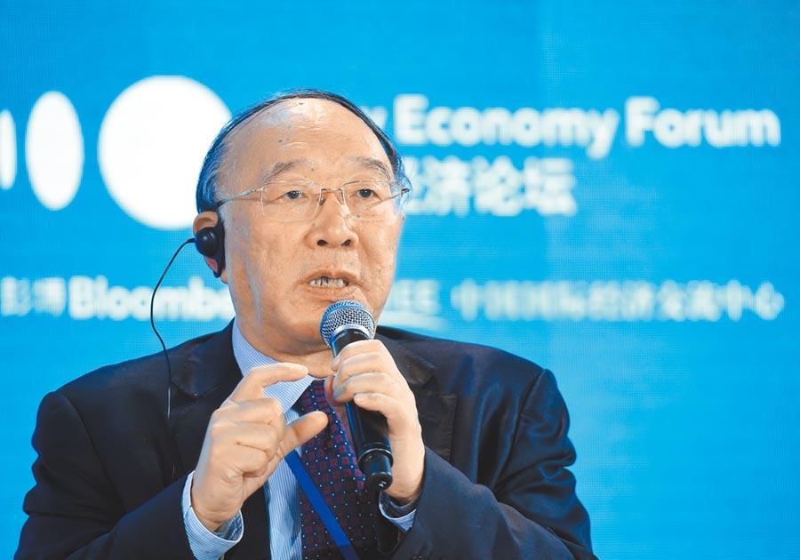中國國際經濟交流中心副理事長黃奇帆。(中新社資料照片)