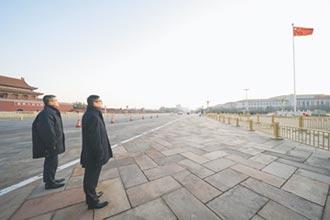 港新警長提剛柔並濟 獲北京認同