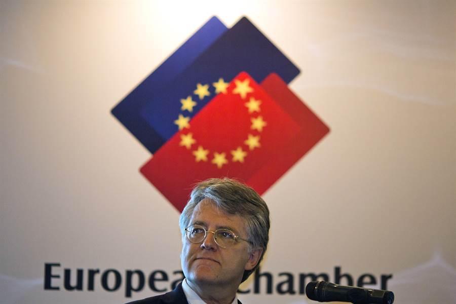 歐盟商會主席伍德克表示,對大陸的市場准入等結構性改革「基本不抱希望」,至於美中談判協議前景,他說:「也許我的孩子會看到『第二階段』協議。」圖為伍德克檔案照。(圖/美聯社)