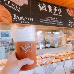 金鑛咖啡收店暫緩  富士康廣告接收13門市
