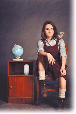 14歲達芙妮金《黑暗元素》演出影迷心中偶像