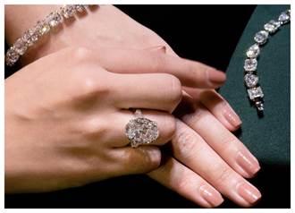 買鑽石的最佳時機?鑽石銀行:「就是現在,比金融海嘯還便宜!」