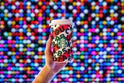 星巴克耶誕限定「雪人巧克力那堤」 療癒開賣啦