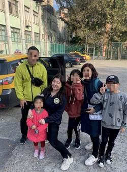 韓國遊客遺失護照  暖心移民官助返國