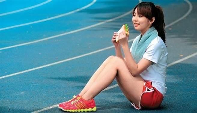 運動可以增加肌肉量,除了幫助增重,也能預防老人衰弱。(圖片來源:陳德信)