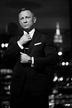 《007:生死交戰》明年上映 OMEGA搶先發表聯名表