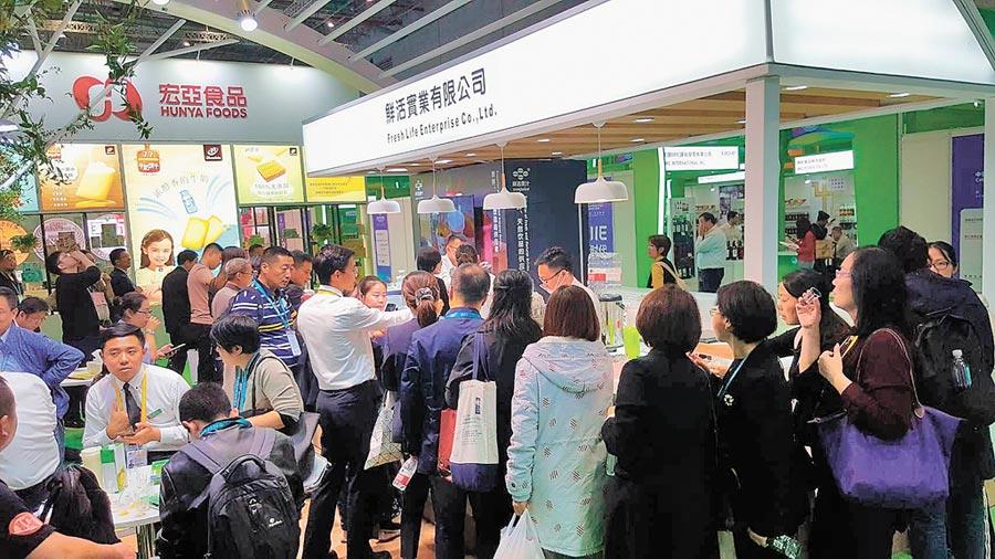 在上海舉行的2019年中國進博會,台企積極參與。(記者葉文義攝)