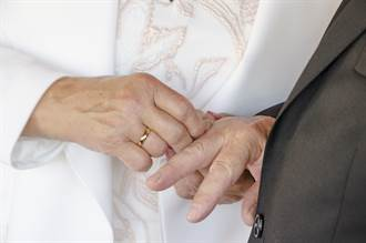 女學霸找不到對象 56歲嫁小學畢業男