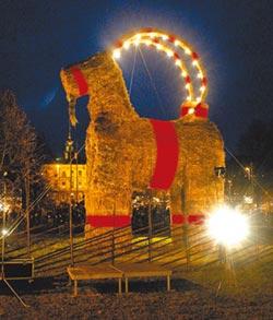 瑞典一把火 燒羊vs.護羊戰