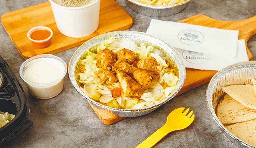 Deliveroo不分雙北市用戶評分TOP 5餐廳之一:Hala Chicken,紐約街頭雞上飯,120元。(Delivewoo提供)