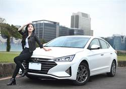 試車報告》HYUNDAI ELANTRA 王欣晨試車初體驗 好想趕快考駕照