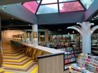 基隆》最棒耶誕禮 校友慨捐千萬 海大玻璃書屋開幕
