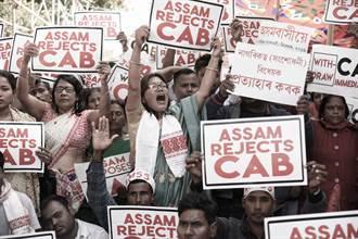 印度援引殖民時期惡法,民眾怒不能上網