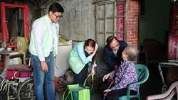 為愛心按讚!中市警攜手慈善團體 關懷弱勢過好年