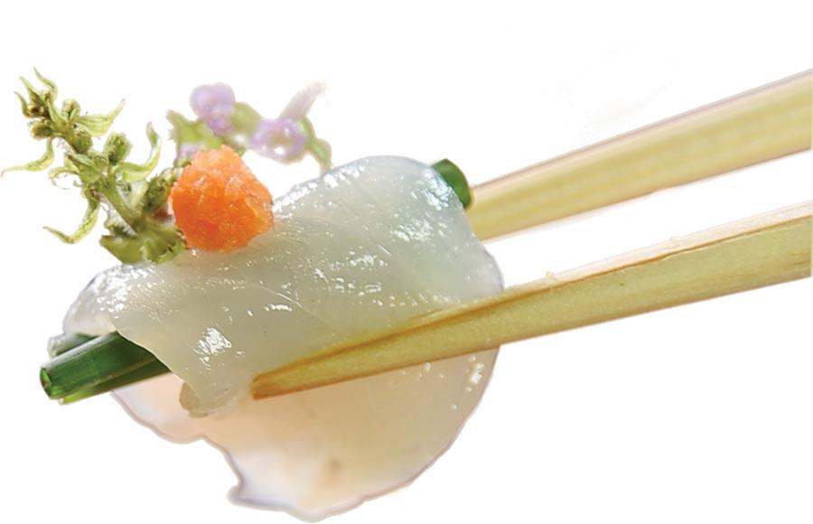 在河豚產季,〈月夜岩〉亦有各式用虎河豚作的菜式。圖/姚舜