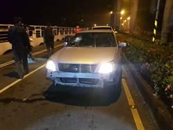 高雄男酒駕拒攔撞警車 警連開26槍制止