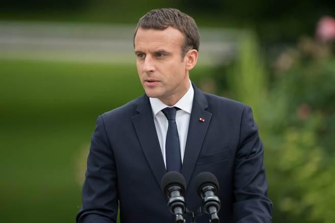 法國總統馬克洪帶頭砍總統退休禮遇(圖/Shutterstock)