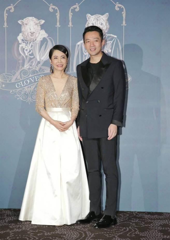 柴智屏(左)、汪小菲開心合影。(盧禕祺攝)