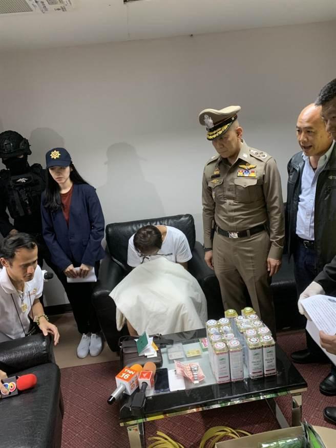 刑事局與泰國警方數月前在泰國查獲毒品走私案,循線追出幕後為竹聯幫平堂操縱走私網絡。(警方提供/胡欣男台北傳真)