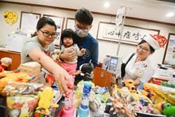 高雄長庚耶誕傳愛 出版商募玩具直送病房