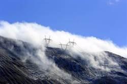 世界海拔最高縣正式納入陸國家電網主網覆蓋