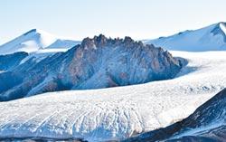 陸冰川白色警報 西北水危機嚴峻