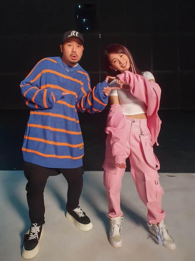 郭書瑤推出新歌〈合拍〉MV,邀好友阿達掌鏡。(何樂音樂提供)